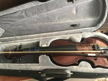 Beginner violin with case in Wilmington, North Carolina
