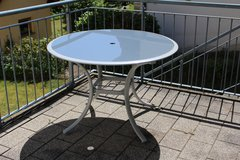Lawn Furniture Set - 4 chairs and table in Ramstein, Germany