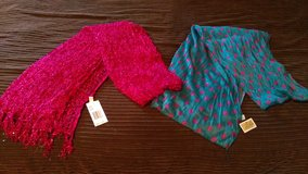 2 New scarves in Warner Robins, Georgia