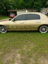 """2007 LINCOLN TOWN CAR SIGNATURE SERIES WITH 17"""" SWANGERS in DeRidder, Louisiana"""