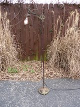 Antique Radio Tower Floor Lamp w/ Edison Bulb, Cast Iron Base in Fort Knox, Kentucky