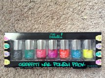 Pack of Nail polish in Clarksville, Tennessee