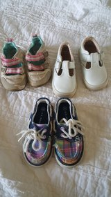 Sz 5 to 6 toddler shoes in Bolling AFB, DC