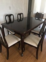 Like new 6 chair dinner table in 29 Palms, California