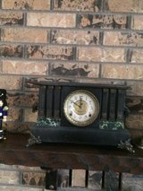 Mantle clock in Alamogordo, New Mexico