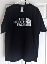 THE NORTH FACE Men's Black T - Shirt. Size L. in Okinawa, Japan