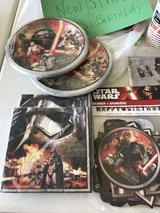 Star Wars Force Awakens Brand New Birthday Decorations in Plainfield, Illinois