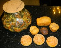 LARGE Glass Jar Cork Top Pasta Filled + Artificial Food Rolls Bread in Kingwood, Texas