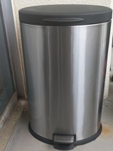 40L/10.5 gallon stainless steel step trashcan in Okinawa, Japan