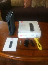 *REDUCED*MOTOROLA CABLE MODEM PLUS WIRELESS ROUTER MG7550 in Fort Riley, Kansas
