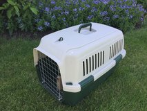 Travel Pet Crate for Medium Dog in Glendale Heights, Illinois