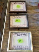 Picture frames in Oswego, Illinois