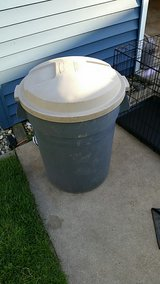 32 gallon brute garbage can in Plainfield, Illinois