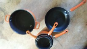Paula Deen Pans in Todd County, Kentucky