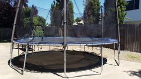 Trampoline 15' in Travis AFB, California