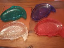 "lot of ""4"" plastic outdoor appetizer dinner plates made in the shape of a fish in Kingwood, Texas"
