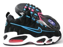 Nike Air Nomo Max, men's; size 10 in Okinawa, Japan