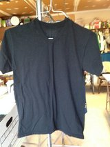 Black Short Sleeve Top by Hanes - S/P in Naperville, Illinois