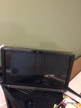 Dell all in one touch screen 22 inches Operating as new in Fort Polk, Louisiana