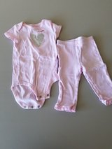 9 month girl outfit in Aurora, Illinois