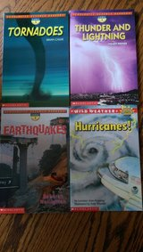 set of 4 early reader weather books in Fort Rucker, Alabama