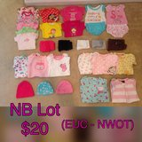Baby Girl NB to 3-6 mo Lots in Tacoma, Washington