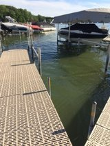 Boat Slip with Lift in Bartlett, Illinois