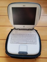 *COLLECTIBLE* Apple iBook in Stuttgart, GE