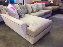 NEW! CONTEMPORARY USA QUALITY SLEEK STYLING SOFA CHAISE SECTIONAL!!NEW! in Vista, California