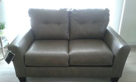 NEW 2 seats leather couch in Baumholder, GE
