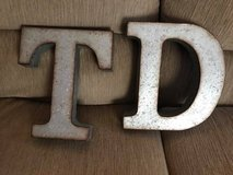 "12"" Metal Letters T and D in Naperville, Illinois"