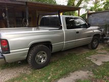 2001 Dodge Ram 1500. Manual trans in Bellaire, Texas