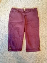 Plum Capris by Sonoma. - 16 in Naperville, Illinois