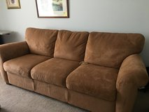 Full size couch in Bartlett, Illinois
