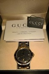 GUCCI 9040M WRIST WATCH FOR MEN TWO TONE DATE BLACK DIAL in El Paso, Texas
