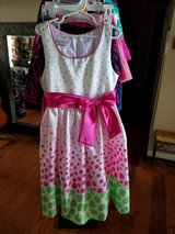 LIKE NEW! Beautiful Dress, Girls Size 8 in Fort Campbell, Kentucky