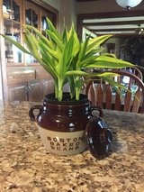 Antique Bean Pot in Glendale Heights, Illinois