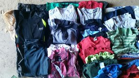 Boys Clothes huge lot 6/7 in Barstow, California