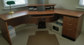 Office Computer Desk - Corner design in Cherry Point, North Carolina