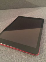 iPad Air 32gb with Red Smart Cover in Ramstein, Germany