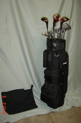 Mens RH Spalding Executive Complete Golf Set with Bag in Orland Park, Illinois