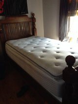 Twin bed in Naperville, Illinois
