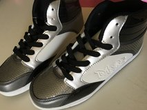 Hip Hop Dance High Top Shoes - Size 9 in Bartlett, Illinois