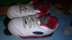 Toddler shoes 7c in Bellaire, Texas