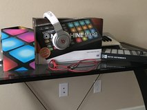 Maschine / Beats by Dre Professional in Fort Carson, Colorado