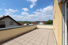 Modern Family home with bright rooms and large roof terrace in Weissach  (outside school bus zone) in Stuttgart, GE