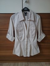 stretchy comfortable striped H&M blouse in Baumholder, GE