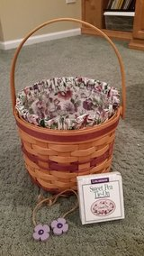 Longaberger Sweet Pea Basket with Liner and Protector in Naperville, Illinois