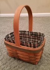 Longaberger Basket #4 Protector and Liner in Bolingbrook, Illinois