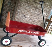 Radio Flyer Wagon $25 in Fort Rucker, Alabama